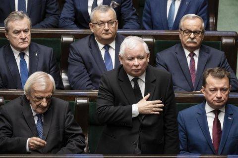Polish opposition celebrates taking control of Senate