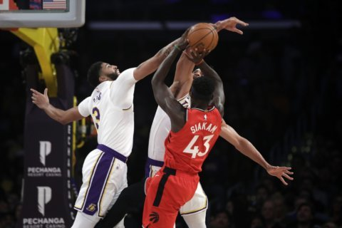 Raptors end Lakers' 7-game winning streak in 113-104 victory