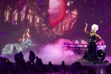 Our poor, unfortunate souls are grateful for Queen Latifah's Ursula in 'The Little Mermaid Live'