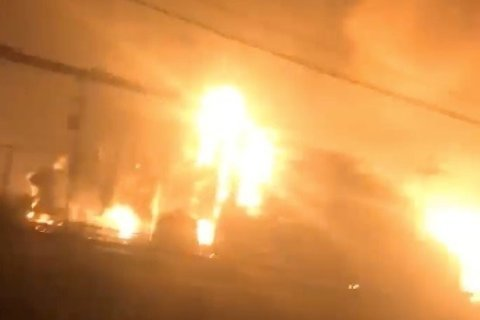 3 hurt at Texas chemical plant hit by 2 massive explosions