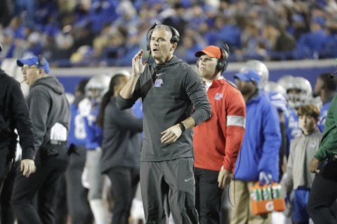 No. 18 Memphis visits Houston looking for 4th straight win