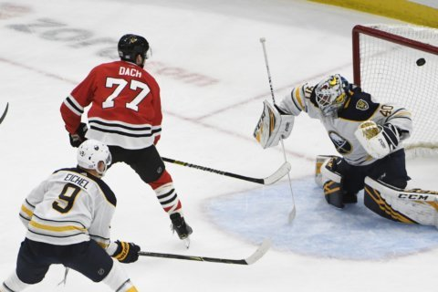 Kane, Dach lead Blackhawks past Sabres 4-1