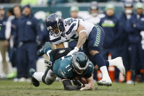 Dolphins fill role of spoilers against injury-plagued Eagles
