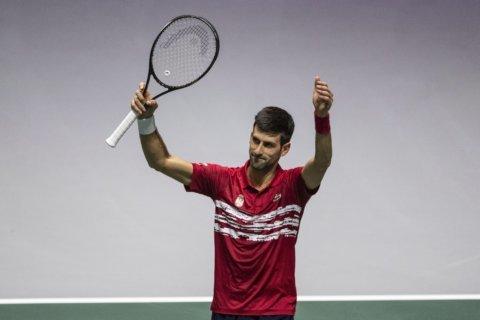 Djokovic wins as Serbia reaches Davis Cup quarterfinals