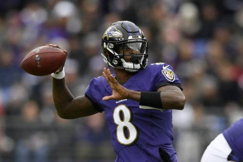 Surging Ravens visit LA Rams for Monday night showdown