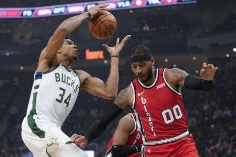Antetokounmpo has triple-double, Bucks beat Trail Blazers