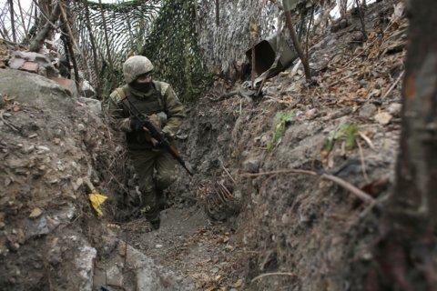 On Ukraine's bleak front line, US aid saves lives and morale