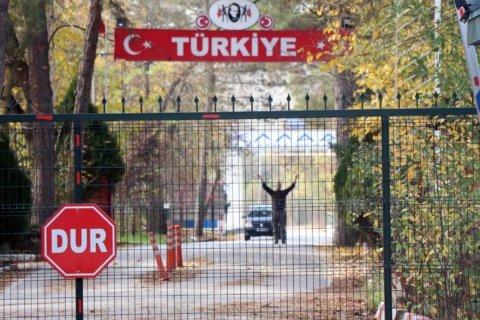 American IS suspect repatriated from Turkish-Greek border