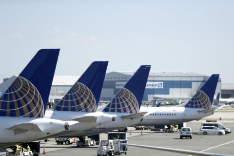 United delays planned return of grounded Boeing 737 Max