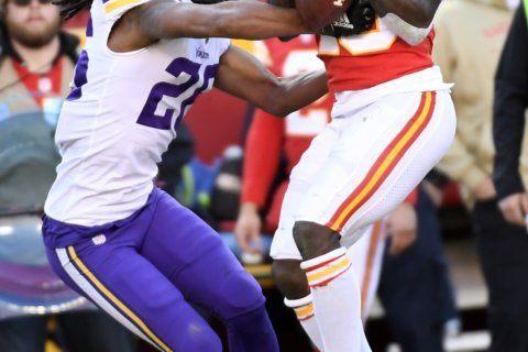 Hamstring to keep Vikings WR Adam Thielen out vs Cowboys