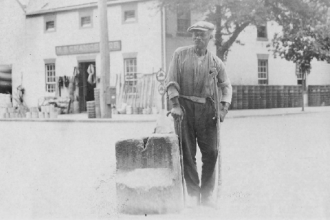 Fredericksburg to move slave auction block to museum