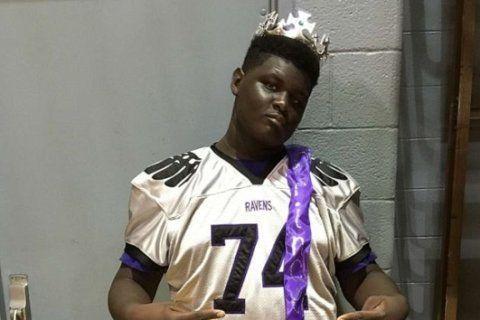 High school football captain, born deaf, is true leader on field