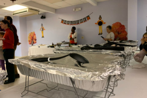 Refugees experience first Thanksgiving at Ethiopian community center in Arlington