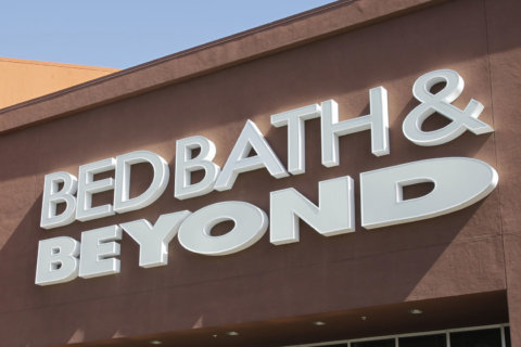 Teen runaway found 'camping' inside Bed, Bath & Beyond