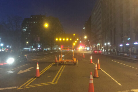 Lanes closed on 17th Street near Farragut Square due to Metro's structural concerns