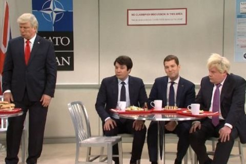 Trump treated as the nerd among the NATO cool kids in SNL cold open