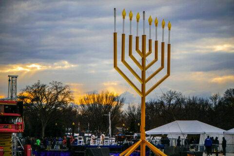 National Menorah marks 40 years of light