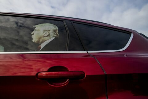House nears impeachment as Trump decries 'vicious crusade'