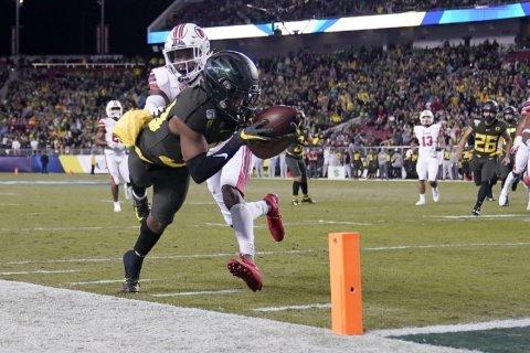 No. 7 Oregon, No. 11 Wisconsin to clash in 106th Rose Bowl