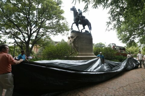 Stonewall Jackson statue vandalized in Charlottesville, police say