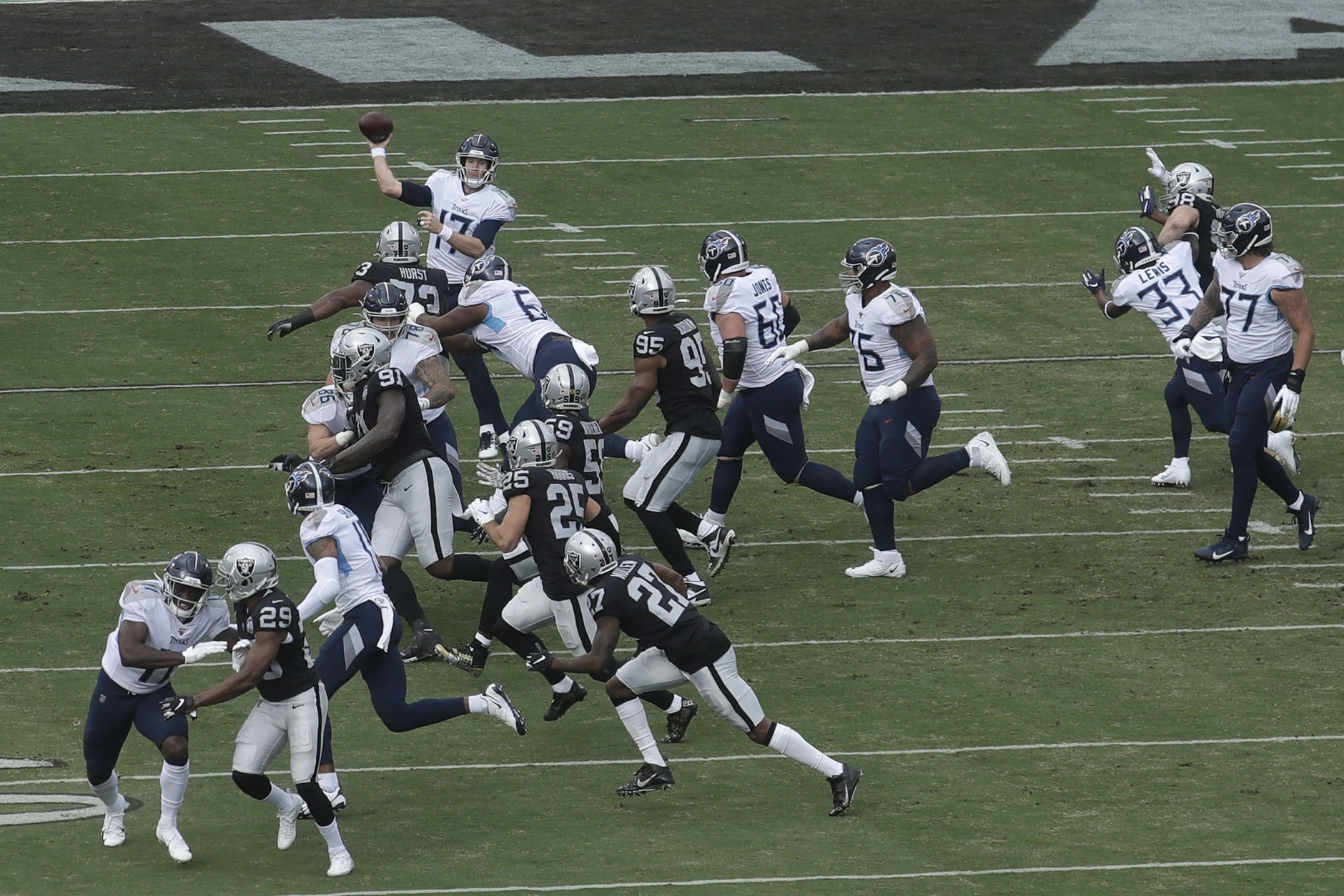 """<p><b><i>Titans 42</i></b><br /> <b><i>Raiders 21</i></b></p> <p>In one of the most unpredictable turns of the season, <a href=""""https://twitter.com/ESPNStatsInfo/status/1203856638031081472?s=20"""" target=""""_blank"""" rel=""""noopener"""">Ryan Tannehill continued his tear</a> to lead the Titans to their first 500-yard game since the move to Tennessee and into a tie with Houston atop the AFC South. The two teams play twice in the final three weeks, so barring another upset Texans loss (they play in Tampa Bay in Week 16), Tennessee may still have to pull off a sweep to win the division.</p>"""