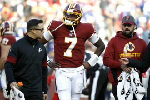 Redskins lose Haskins, then to Giants in overtime