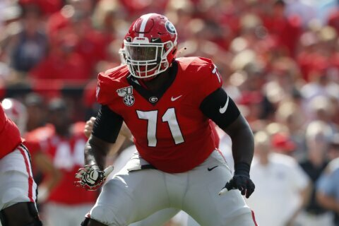 2 UGa linemen heading to NFL; RB Swift hasn't made decision