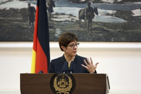 Germany: Merkel party criticizes ally's call for concessions