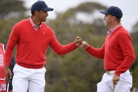 US team in foreign territory _ trailing _ at Presidents Cup