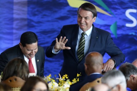 Brazil's Bolsonaro backtracks on Argentine inauguration
