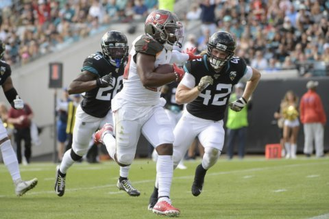 Bucs turn Foles' turnovers into touchdowns, beat Jags 28-11
