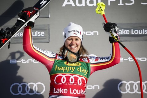 Viktoria Rebensburg wins World Cup super-G in Lake Louise