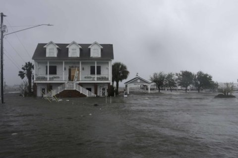 Historic US towns endured wars, storms. What about sea rise?