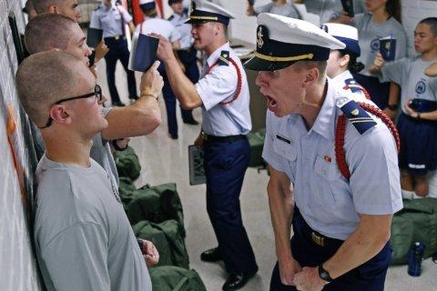 Congress criticizes how Coast Guard investigates harassment