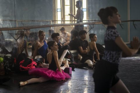 AP Interview: New Cuban ballet head pledges renovation