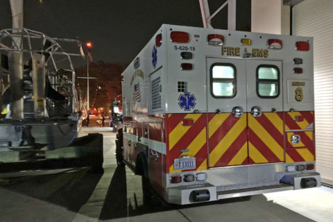 Carbon monoxide sickens passengers at DC holiday boat parade