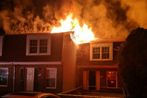 5 townhouses damaged, 10 people displaced after major fire in Anne Arundel Co.