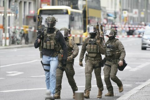 Police: no confirmation shots fired after alert in Berlin