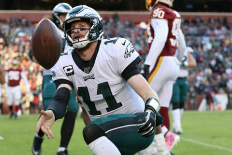 Column: Should NFC East's struggles inspire change to playoff seeding?