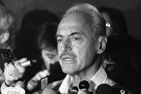 Union exec Marvin Miller, Simmons elected to Hall of Fame