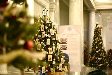 Christmas tree decorations show off state pride at Maryland State House