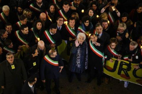 Thousands rally around Holocaust survivor in Milan