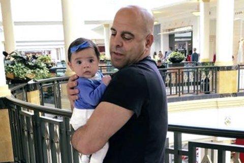 Senator: Lebanon must be 'on notice' on jailed US citizen