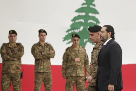 Lebanon's FM calls for emergency government of experts