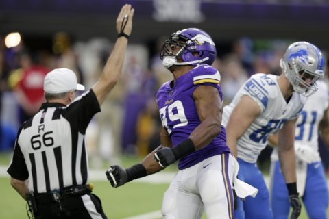 Sack Hunter: Vikings defensive end sets relentless example