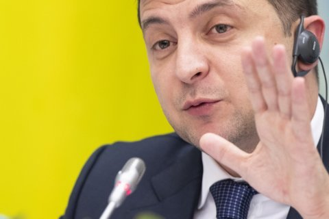 Zelenskiy: Allies 'can't go blocking' aid at time of war