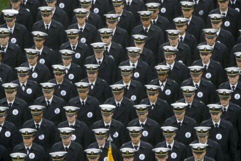 Navy, Army probes find no racism intent in hand gestures