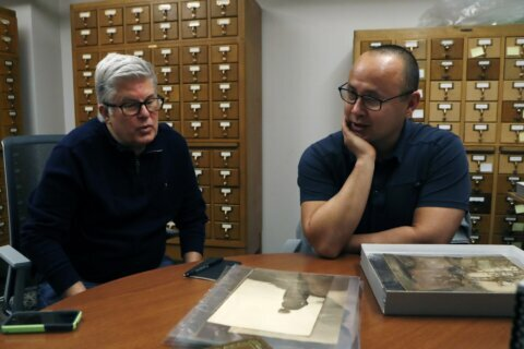 Collaboration key to assembling Native American photo trove