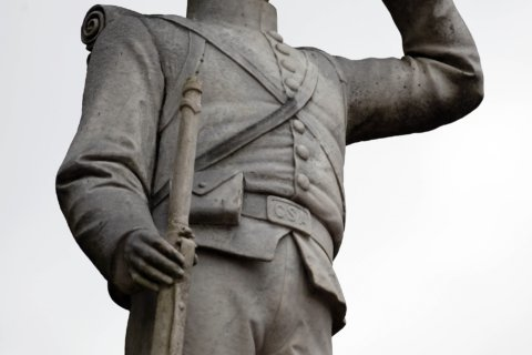 Board approves 1 step in moving Ole Miss Confederate statue
