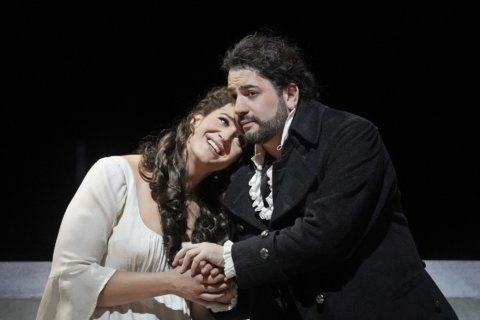 Tenor moves out of Anna Netrebko's shadow